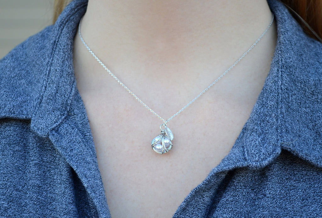 Nest Egg Necklace, New Mom Gift, Grandma Gift, Mom Christmas Gift, New Mom Necklace, Nest Necklace, Personalized Necklace, Leaf Necklace