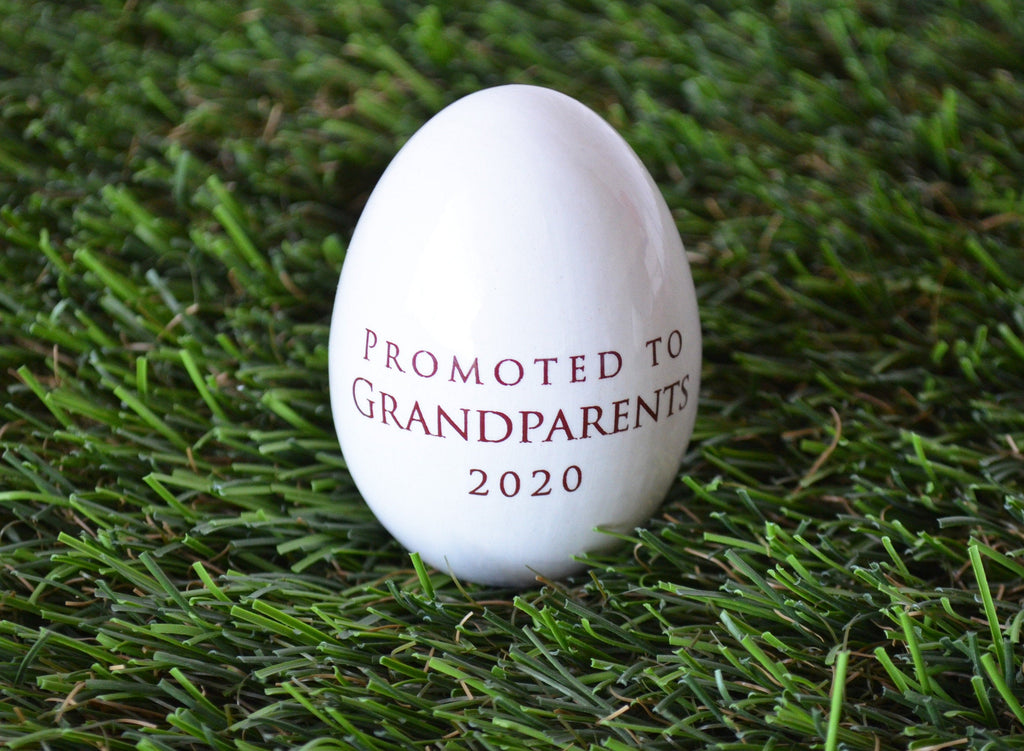 Pregnancy Egg Announcement, Pregnancy Announcement for Grandparents, Personalized Ceramic Easter Egg, Unique Easter Gift Idea