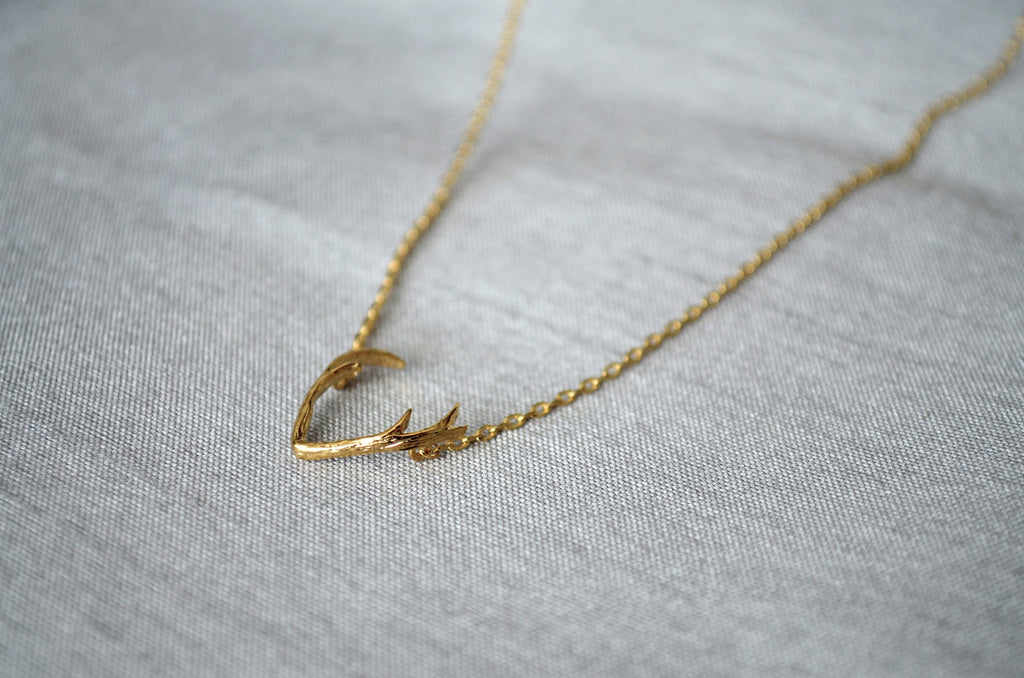 Silver Antler Necklace, Deer Antler Necklace, Friend Gift, Birthday Gift for Friend, Gift for Her, Best Friend Gift, Layering Necklace