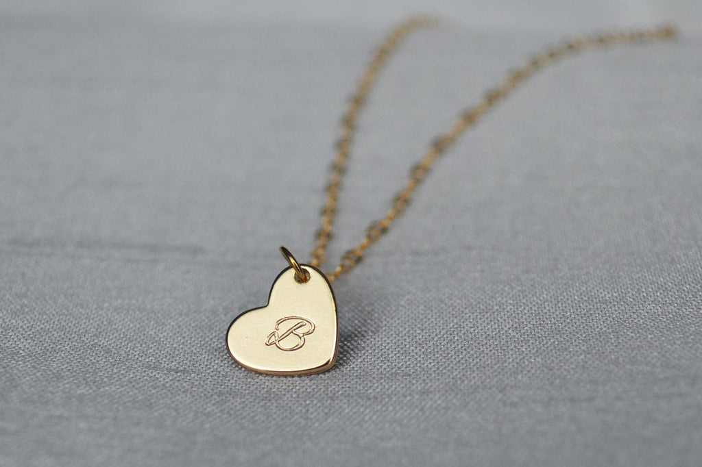 Valentine's Day Necklace, Heart Letter Necklace, Gold Heart Initial Necklace, Gift for Her, Gift for Wife, Girlfriend Gift, Gift for Mom