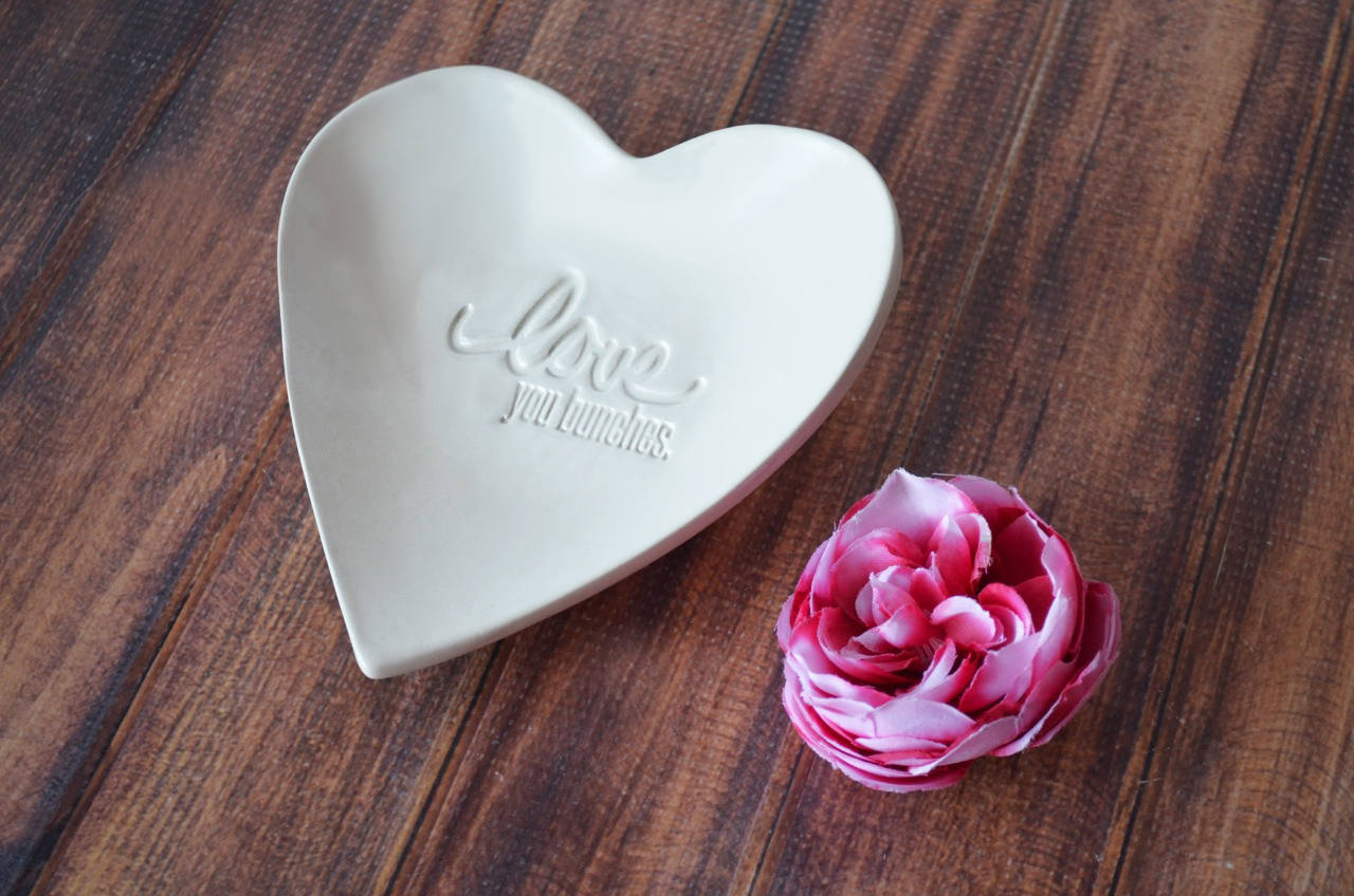 Gift For Her Mom Daughter Or Sister Gift Love You Bunches Heart