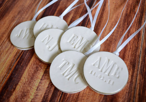 Bridesmaid Gift - Set of 6 Large Round Personalized Wedding Bouquet Charms  - Gift Boxed