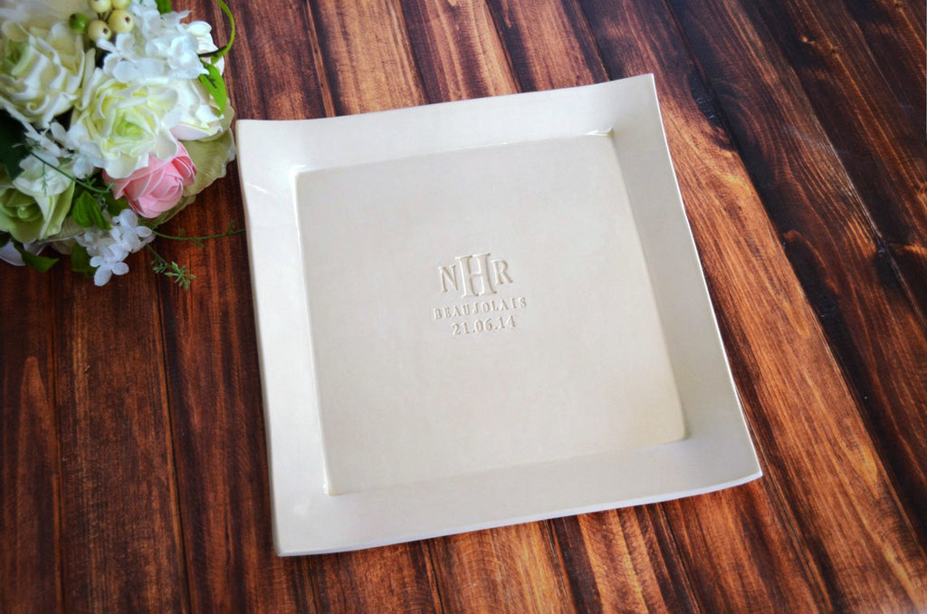 Custom Wedding Signature Guestbook Platter or Wedding Gift Personalized with Monogram - Gift boxed