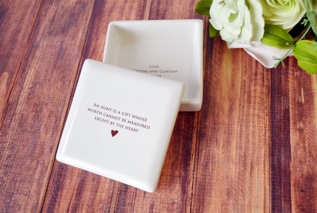 Unique Aunt Gift - Square Keepsake Box - Add Custom Text - An aunt is a gift whose worth cannot be measured except by the heart - With Gift Box