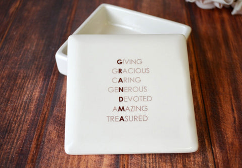 Grandma Birthday Gift - SHIPS FAST  - GRANDMA -  Giving, Gracious, Caring, Generous, Devoted, Amazing, Treasured - Square Keepsake Box