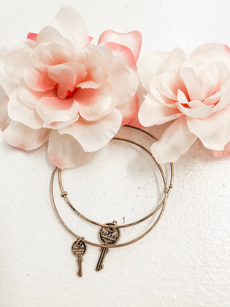 Mother and Daughter Key Bracelets in Gold