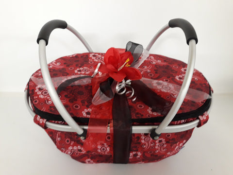 COOLER BAGS / HAMPERS