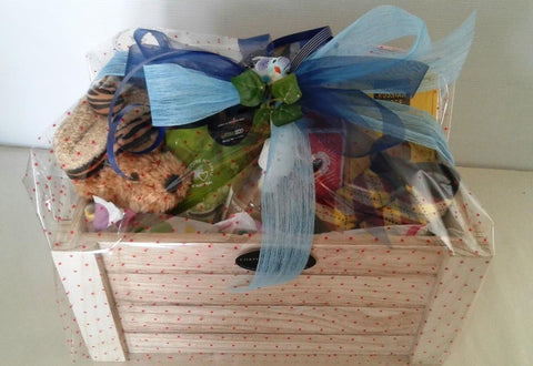 Gift boxes baskets hampers corporate birthdays christmas nz new baby boy negle Image collections