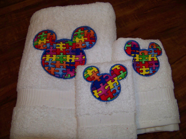 DM Boutique Mr Mouse autism awareness three piece bath towel set
