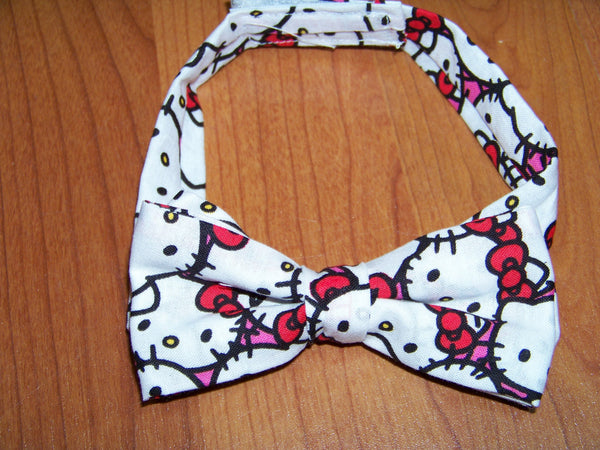 hello kitty child sized bowtie dress up bow tie
