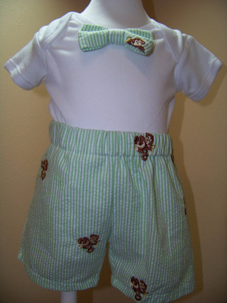 boys two piece custom boutique seersucker shorts and matching bowtie shirt set bow tie