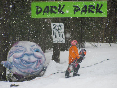 Darkside Snowboards, Sessions Outerwear