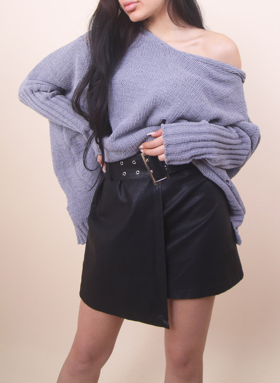 'AMY' Distressed Sweater - Gray