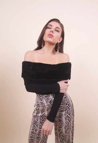 'SOFI' Off Shoulder Top- Black