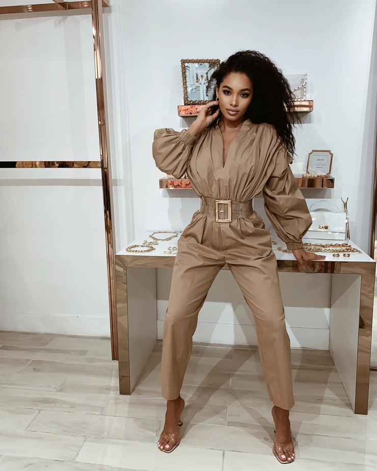 'MEET MY BOSS' Ruffle Sleeve Jumpsuit