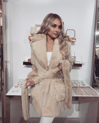 'KIMI' REAL Fur Coat In BEIGE| REAL Fur Belt Detailed | Collard Detailed | Coat/Jacket