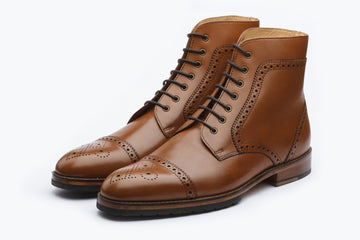 Boots - Toecap Brogue Boot - Tan