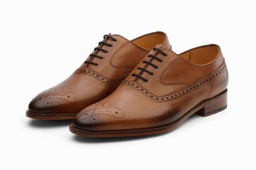 Oxfords - Medallion Brogue Oxford - Tan