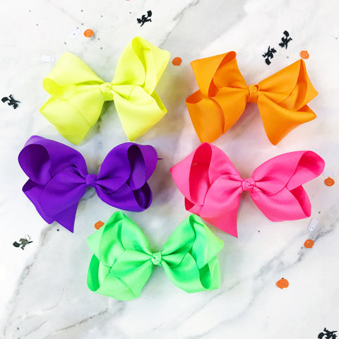 "Halloween Party Pack of 5 Extra Large 6"" Boutique Bows"