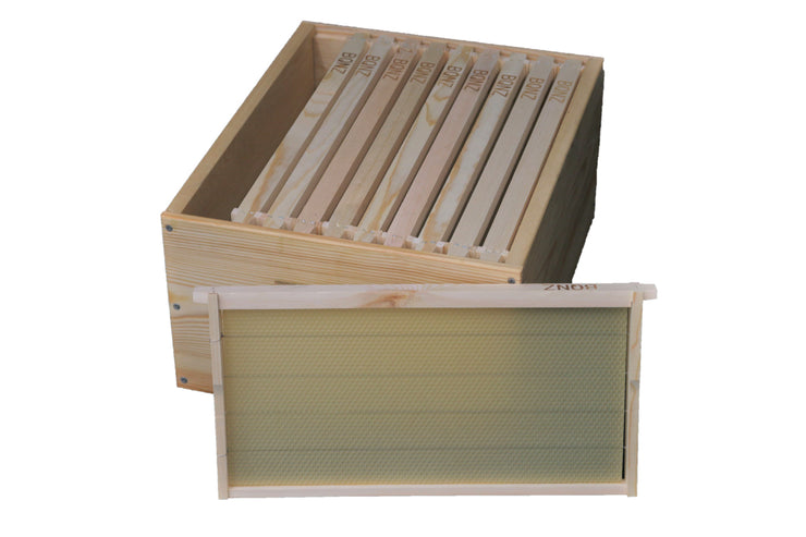 Full Depth Single Super Package with Wooden Frames