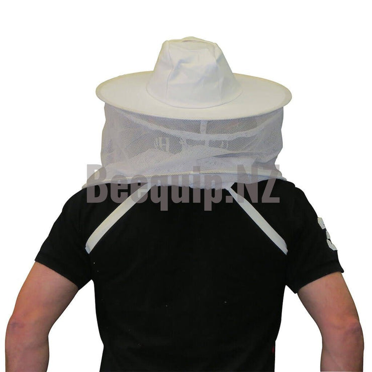 Shoulder Bee Veil. Round Hat with elastic straps. White.