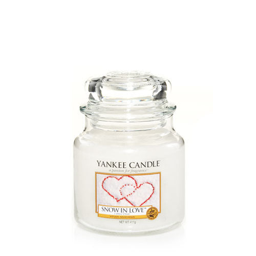 Yankee Candle Snow in Love Medium Jar Geurkaars