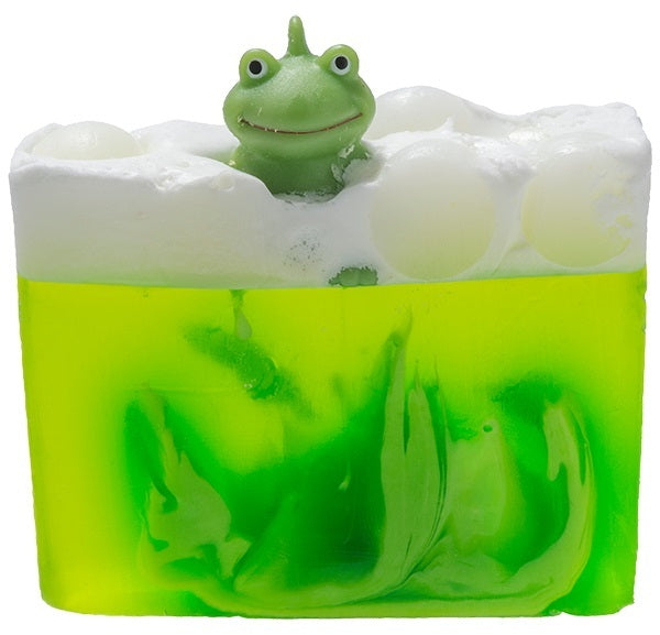 Bomb Cosmetics Its Not Easy Being Green Sliced Soap