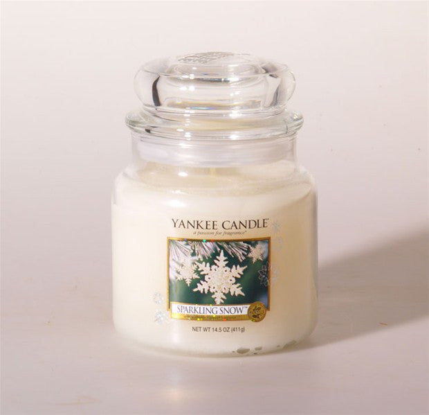 Yankee Candle Sparkling Snow Medium Jar Geurkaars