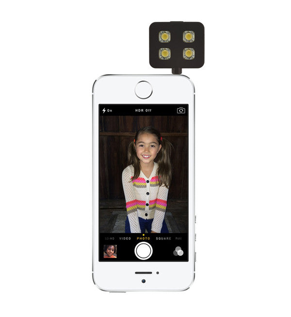 iBlazr LED Flash for iPhone, iPad, and iPod touch - MediaCenter