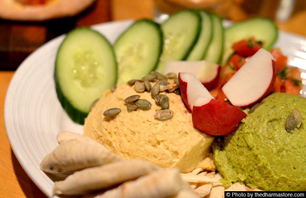 Vegan Restaurant Washington D.C. - Pinstripes - Hummus and Avocado Platter