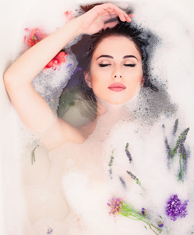 How a Warm Bath Benefits Your Body