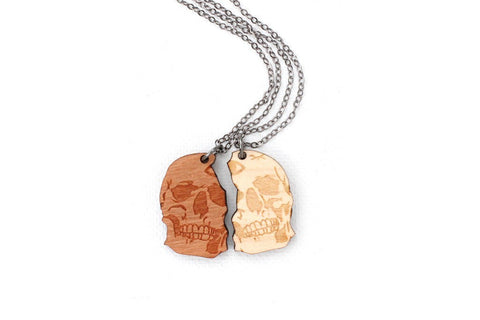 Jewelry - Twin Skull Necklace Set