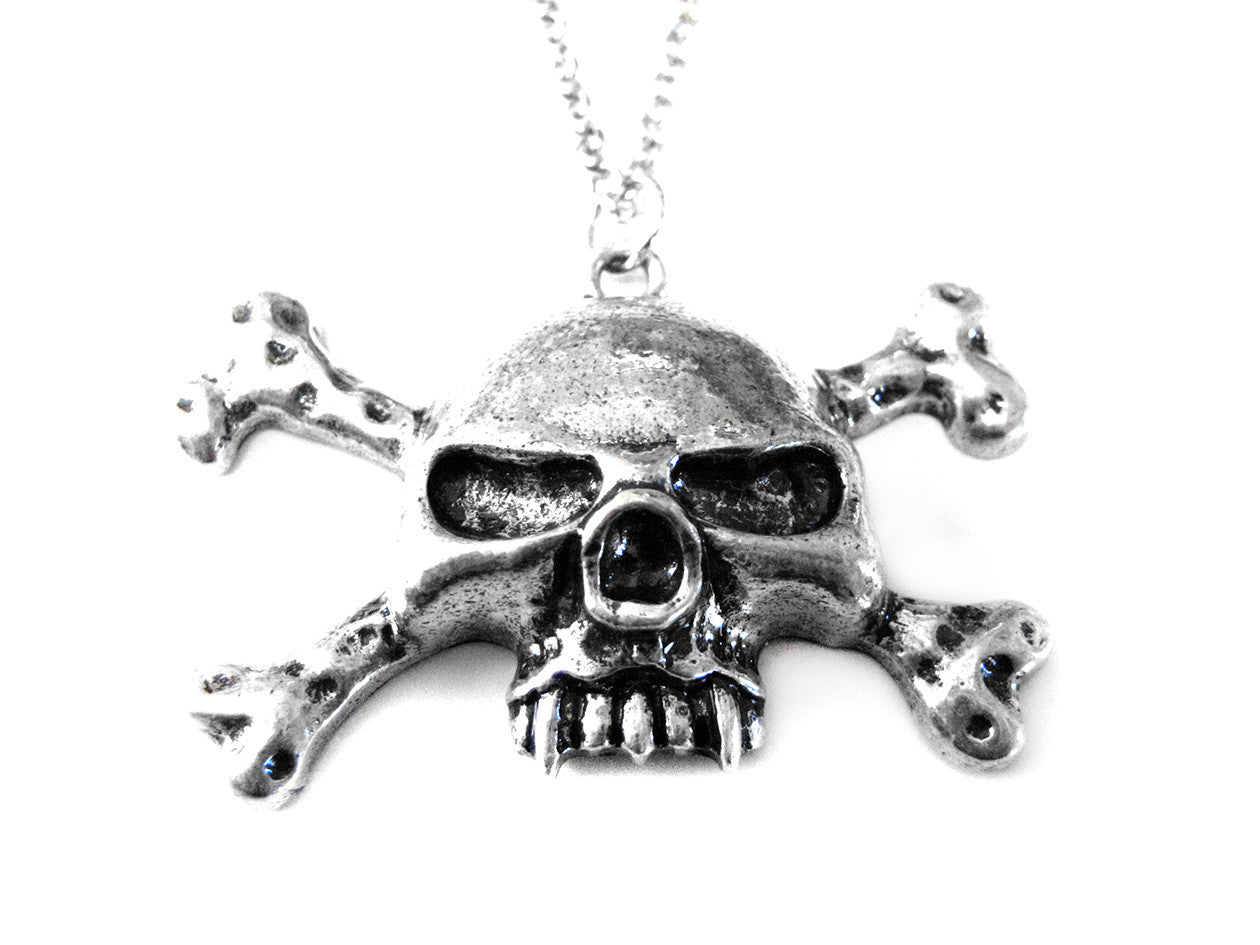Evil Skull Head Pirate Necklace