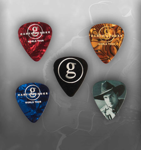 "World Tour Commemorative Pick Set - ""No Fences"" & ""Friends in Low Places"" with pick bag"