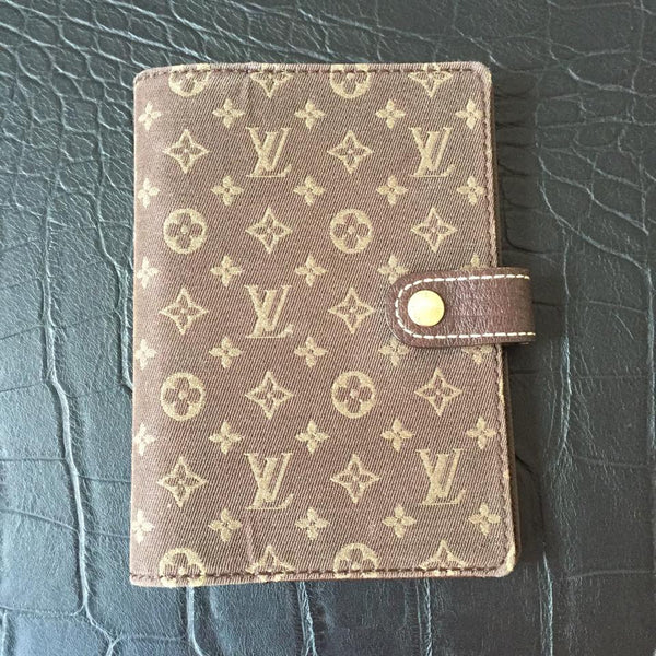 Louis Vuitton Small Ring Agenda Cover