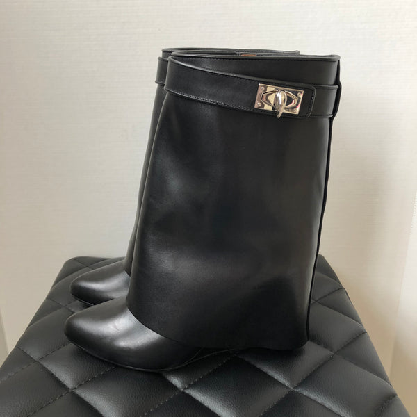 Givenchy Black Shark Lock Ankle Boots Size 40