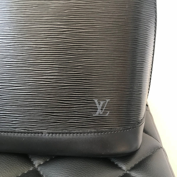 Louis Vuitton Black Epi Alma PM