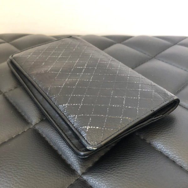 Chanel Black Grained Leather Yen Wallet