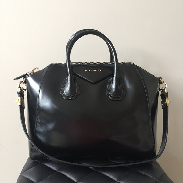 Givenchy Black Medium Antigona in Smooth Glossy Leather