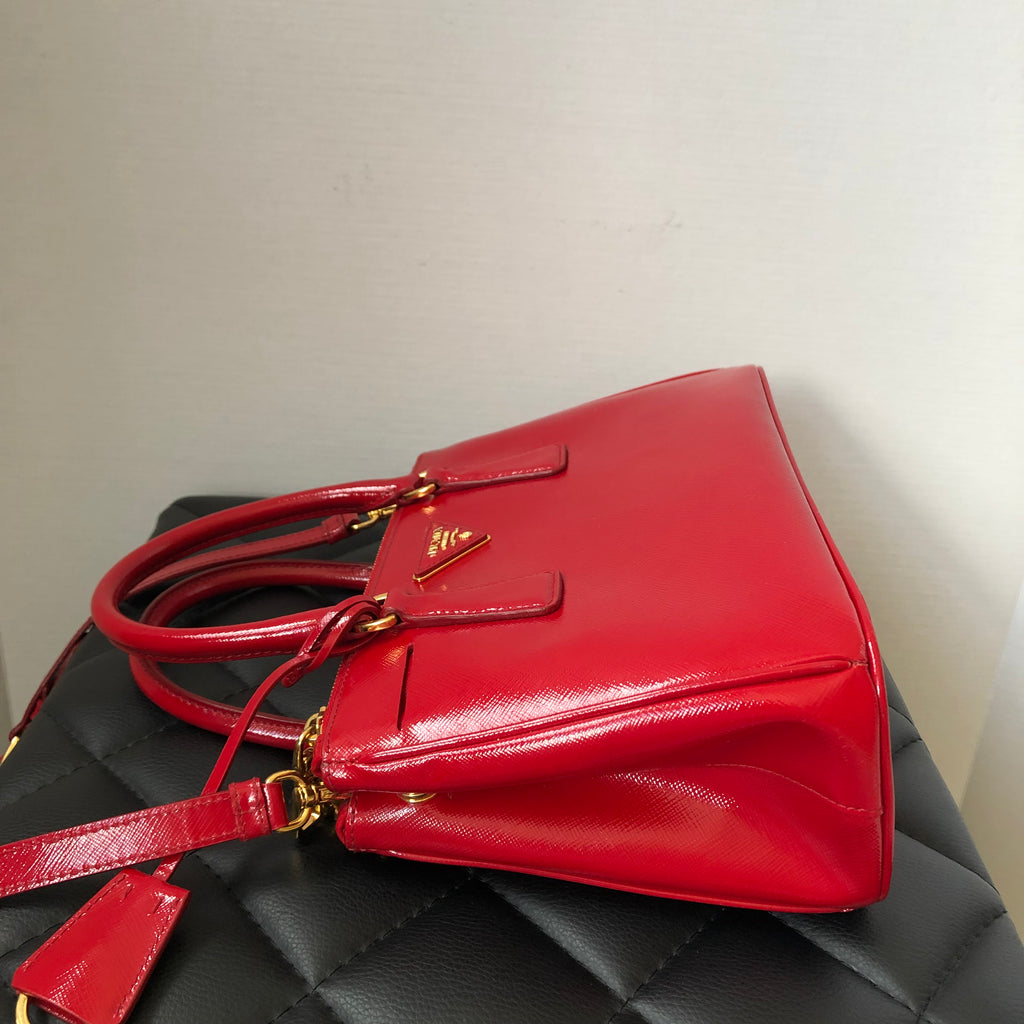 f1207bf597c1 ... Prada Rosso (Red) Saffiano Vernice Mini Double Zip Crossbody/Shoulder  Bag ...