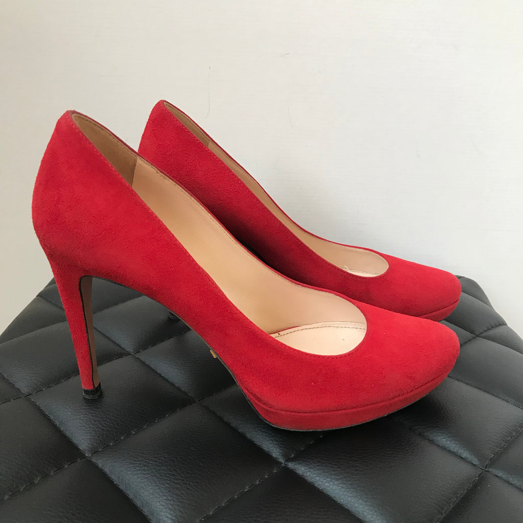 Prada Red Suede Pumps Size 35 | Forever