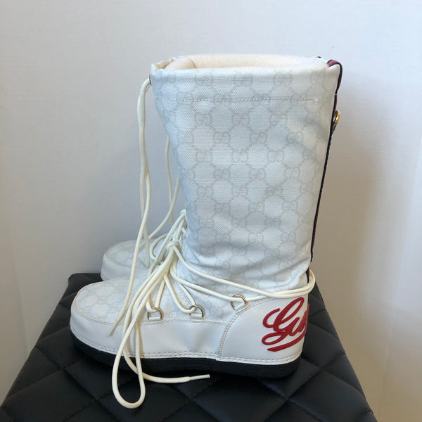 Gucci White Monogram Snow Boots Size 35
