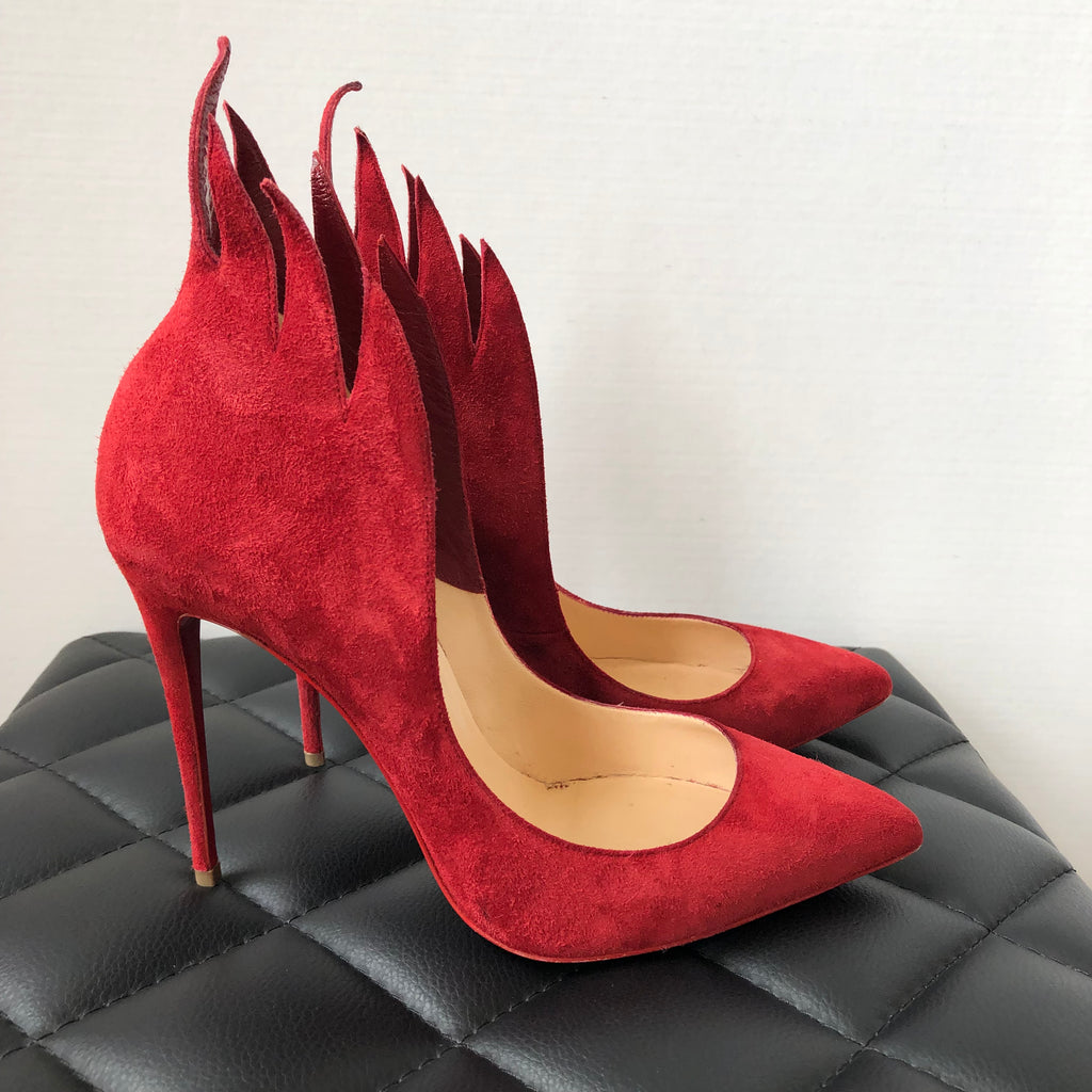 timeless design bd4ec 1b3c5 Christian Louboutin Victorina Flame 100mm Carmin Red Suede Pumps Size 38