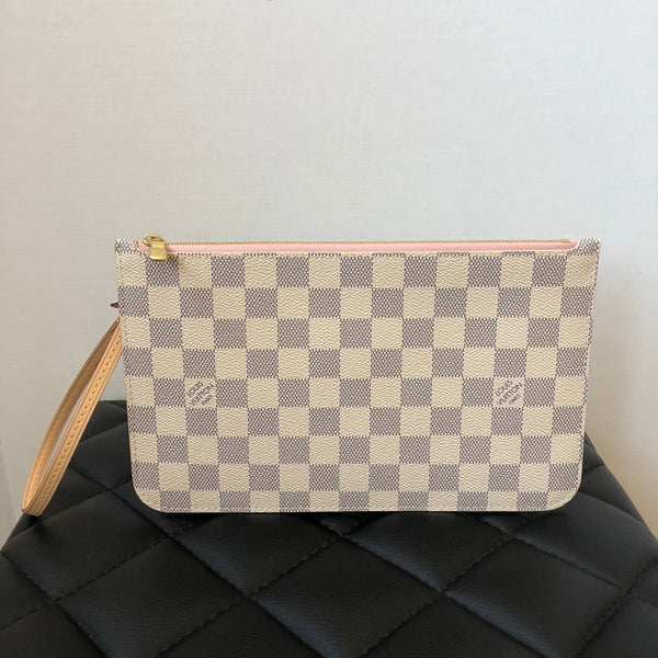 Louis Vuitton Damier Azur/Rose Ballerine Wristlet/Clutch