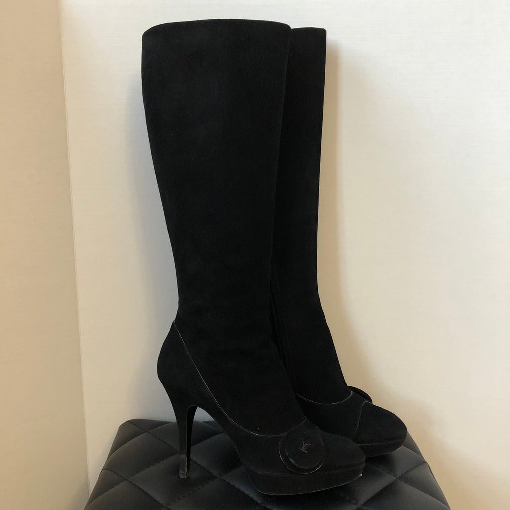 bb028f2f60f Louis Vuitton Black Suede Chelsea Knee High Boot Size 37