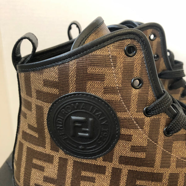 FENDI Logo High-Top sneakers Size 39.5