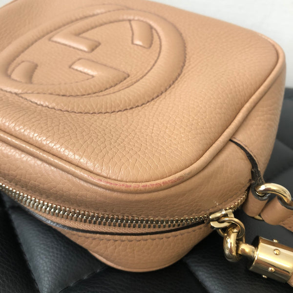 Gucci Beige Soho Disco Camera Crossbody Bag