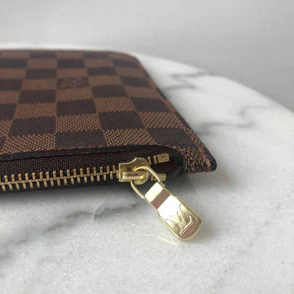 Louis Vuitton Damier Ebene Clutch/Pouch