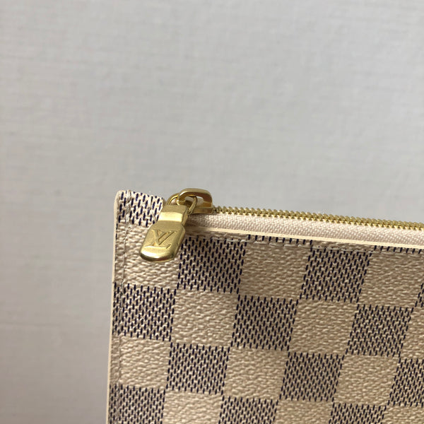 Louis Vuitton Damier Azur Clutch/Wristlet