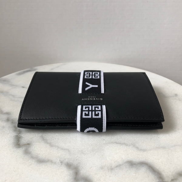 Givenchy Black/White Urban Wallet